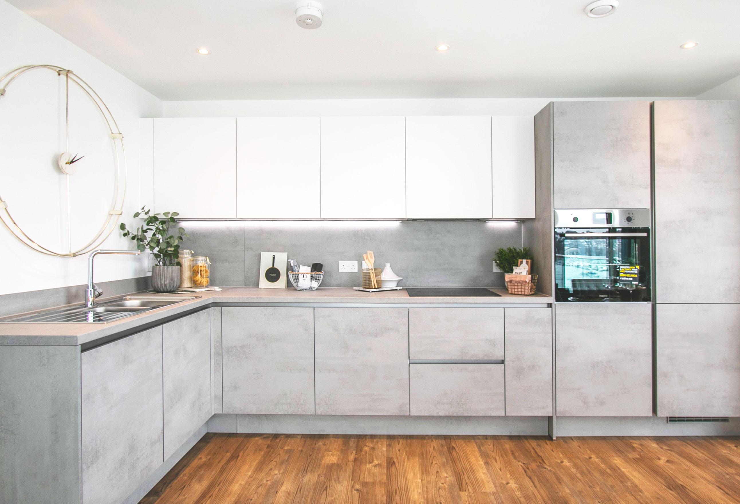 Kitchen, Meridian Waterside, Southampton by Inland Homes.jpg